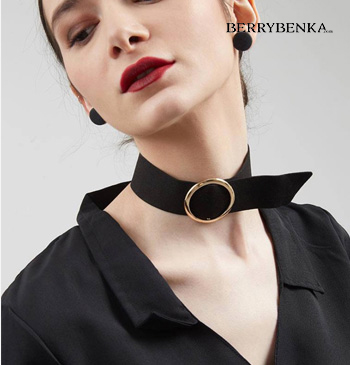 Ana Necklace Black