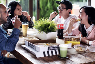 Lapar? GO-FOOD yang Antar! Pesan Makanan Dari 75.000 Restoran + Cashback s/d Rp 25.000