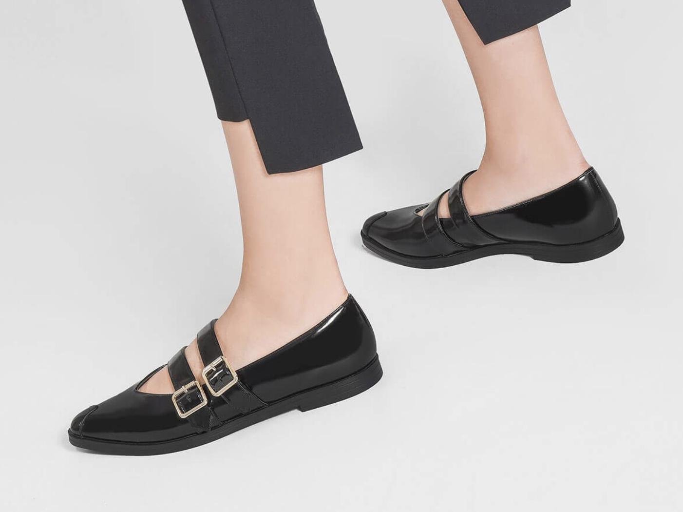 Charles and Keith Flat Shoes Diskon 30%